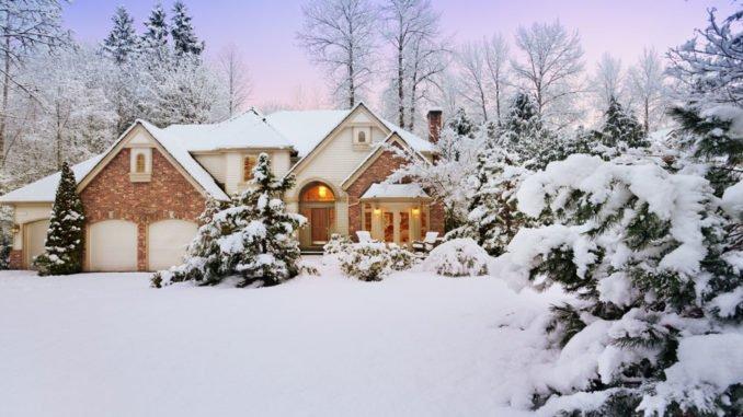 Outdoor-spielzeug Und Gartenmöbel Fit Für Den Winter Machen Gartentipps Winter Beachten