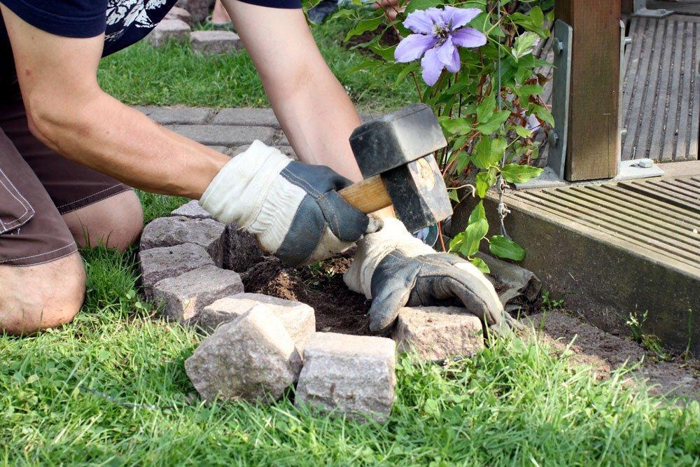 Garten tipps  Pflastersteine verlegen: So geht's