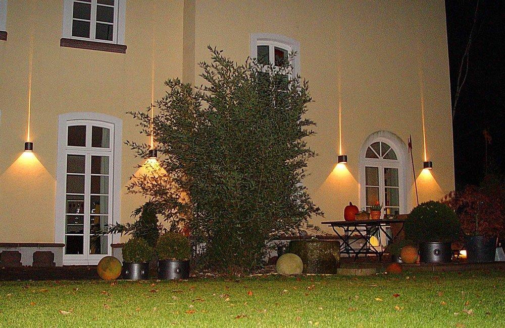 trittischere Beleuchtugn Garten