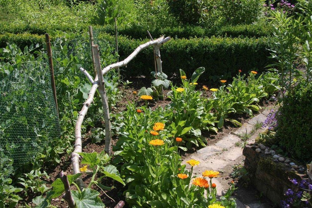Landhausgarten Wege anlegen