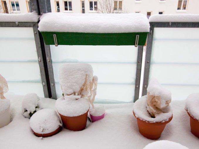 Balkon winterfest machen