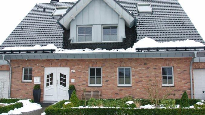 Vorgarten Winter Sicherheit