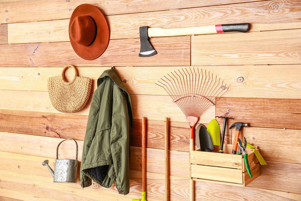 Gartenhaus Geräte Aufbewahrung